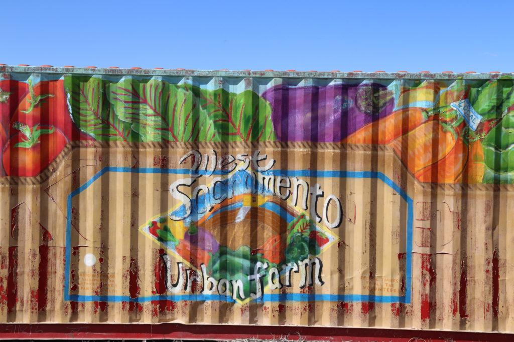 Un des contenaires de West Sacramento Urban Farm pour stocker leur matériel